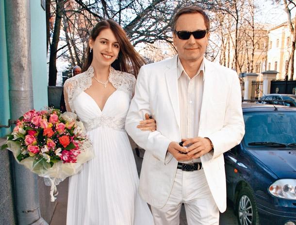 фото андрей соколов с женой