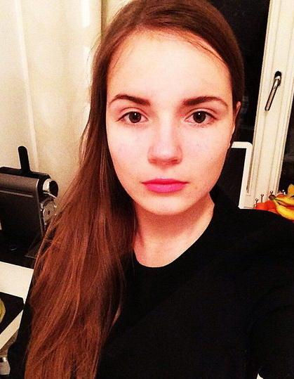 фото саша спилберг без макияжа